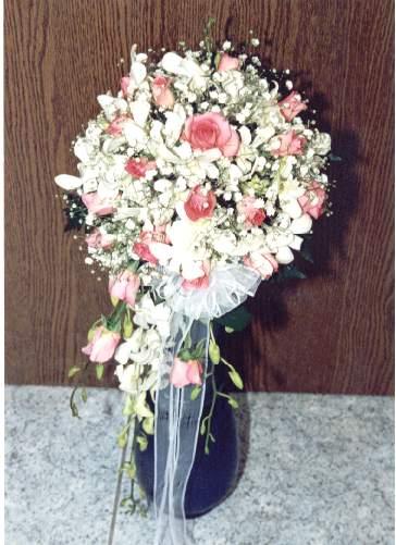 19d0c57a46ab Ανθοπωλείο - Φρέσκα λουλούδια Γάμος Νυφικές ανθοδέσμες - Νυφικά μπουκέτα